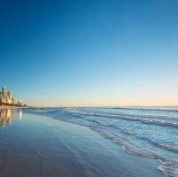 AUSTRALIA & NEW ZEALAND DAY 1 : TIBA DI GOLD COAST gold_coast_1